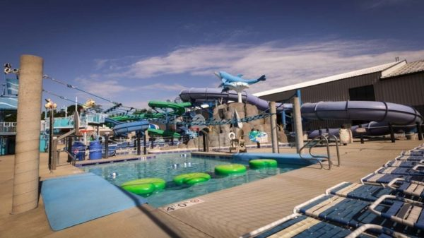 Prairie-Athletic-Club-Dolphins-Cove-Water-Park-Guest-Passes